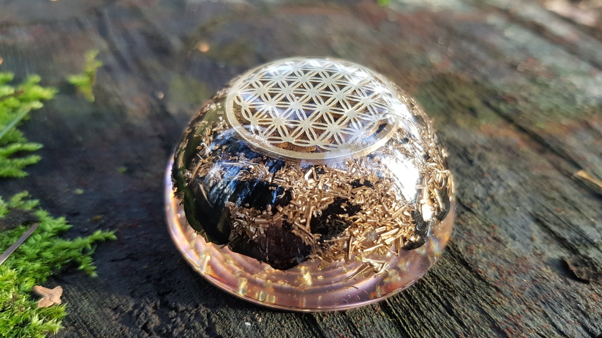 Pocket Orgone dome, EMF protection, health, protection, Black tourmaline, Reiki energy infused amulet, chakra healing, brass, flower of life