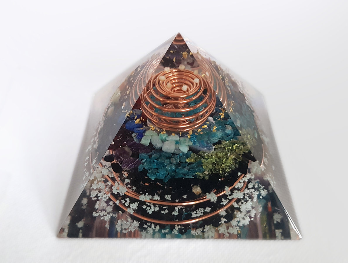 Orgone Pyramid, orgonite pyramid, 7 chakra, Wealth, Reiki healing, third eye cahkra opening, rainbow, EMF protection, vortex, glow dark