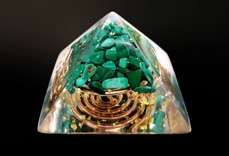 "Orgone energy Pyramid, Malachite(5cm, 2"") Wealth, Money, Love, Protection, 24k gold, reiki infused and programmed meditation, heart chakra"