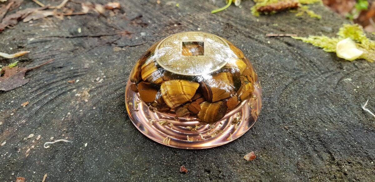 Pocket Orgone dome, Wealth, success, protection, Tiger's eye, Reiki energy infused amulet, chakra healing