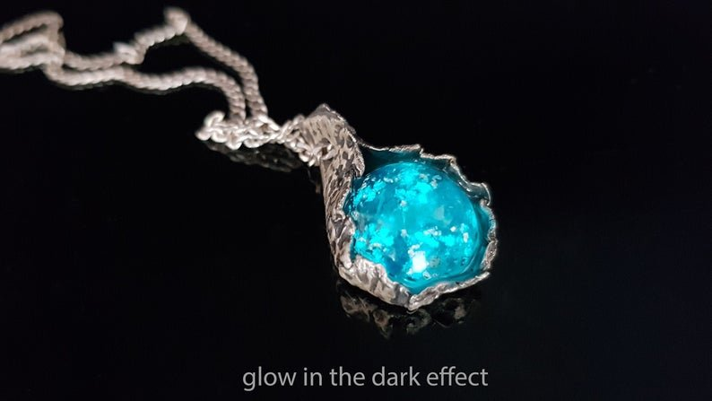 Orgone energy pendant, Blue apatite, pure silver, glow in dark, reiki chakra healing, strong protection, EMF, third eye, spiritual growth
